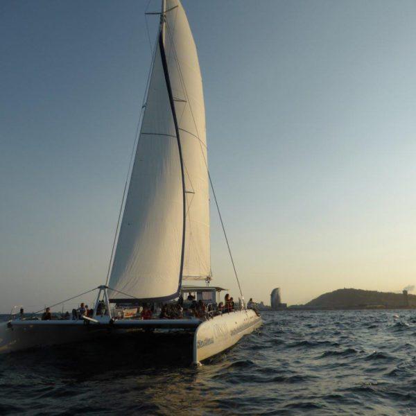 barcelona crucero catamaran orsom