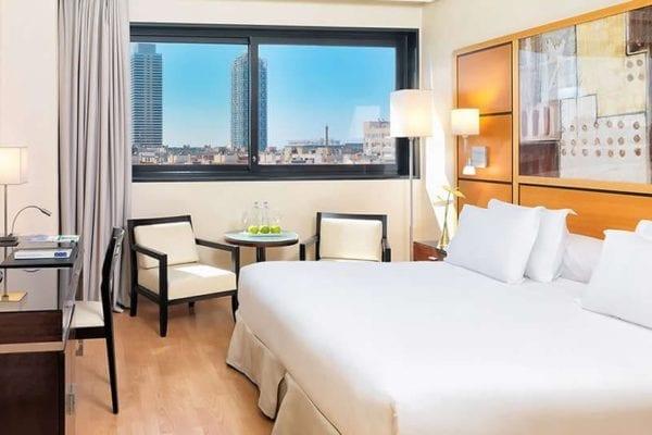 hotel h10 marina barcelona habitacion