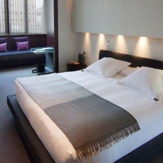 hotel sixtytwo habitacion