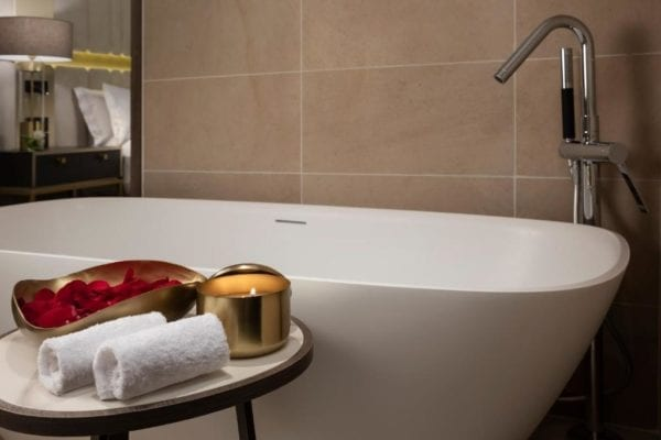 suite-presidencial-the-level-madrid-4