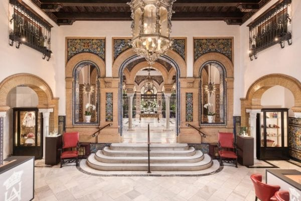 Suite deluxe recepción hotel alfonso XIII sevilla