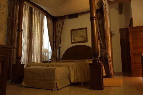 señorío olmillos burgos hotel castillo habitaciones